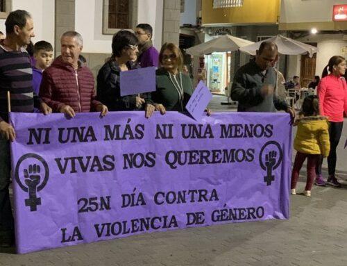Un lema para 'vestir' La Aldea en el Día Internacional de la Eliminación de la Violencia contra la Mujer
